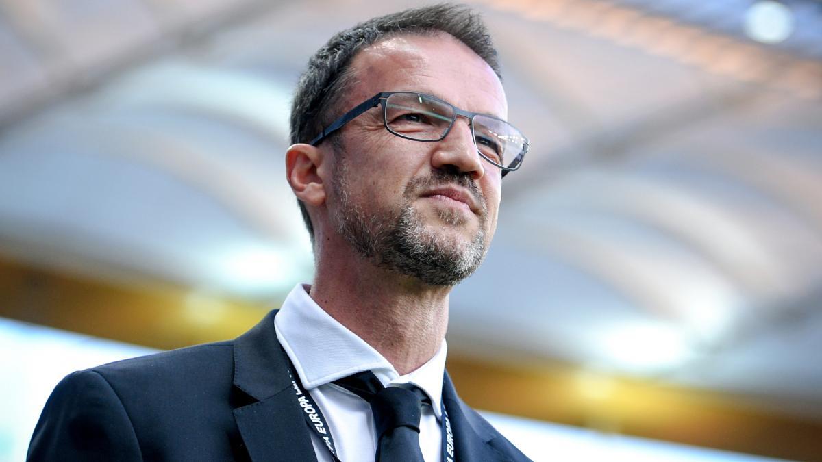 Hertha: Bobic-Vertrag länger als gedacht