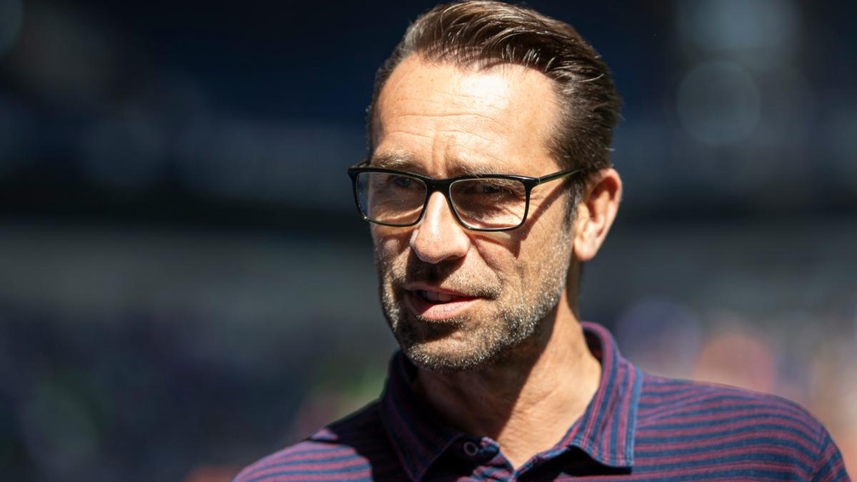Sportvorstand Michael Preetz will Arne Friedrich bei der Hertha halten