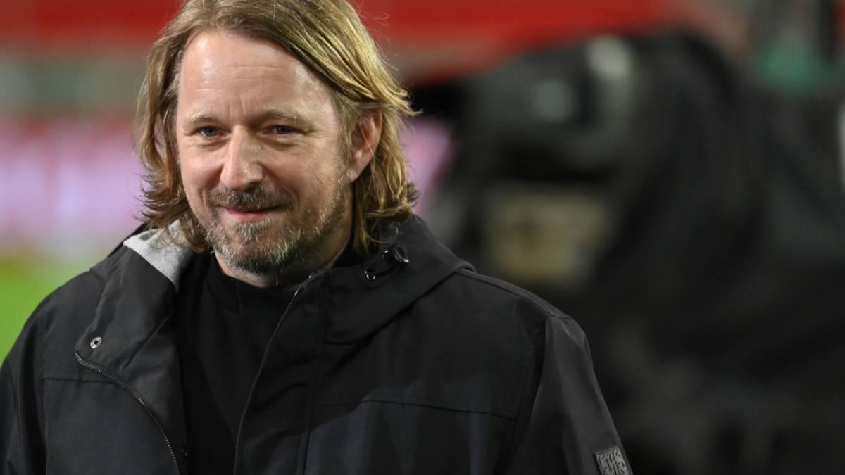 """""""Gewisser Handlungsspielraum"""": Mislintat heizt BVB-Spekulationen an - FussballTransfers.com"""
