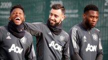 United verlängert mit Fosu-Mensah