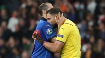 Italien nach Elfer-Krimi im Finale | Die Noten