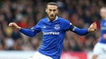 Offiziell: Verletzter Tosun kehrt nach Everton zurück