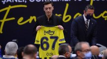 Fener bestätigt: Özil wochenlang raus