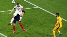 DFB-Team: Gosens droht Sperre