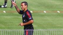 FC Bayern: Thiago beim Trainingsauftakt