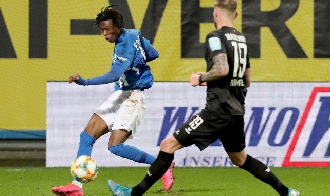 Opoku: HSV gibt Rostock einen Korb