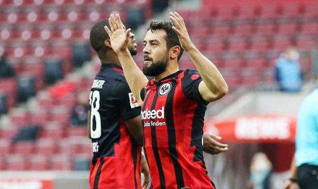 Amin Younes bejubelt einen Treffer