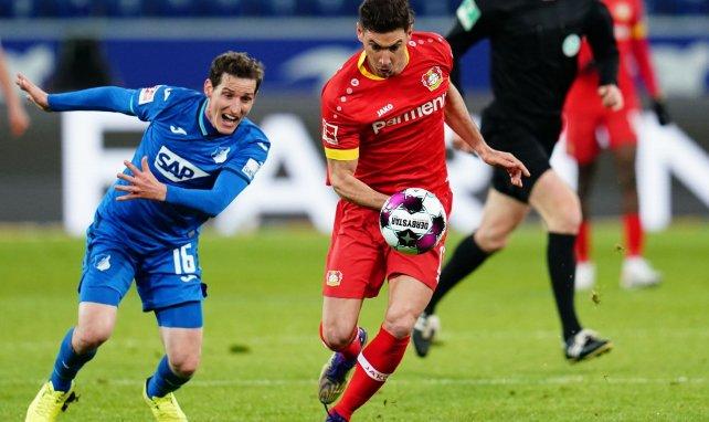 Leverkusen bindet Alario
