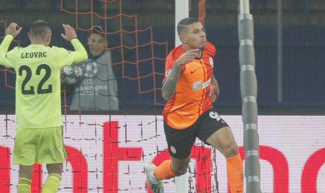 Dodô jubelt über einen Treffer für Shakhtar Donetsk