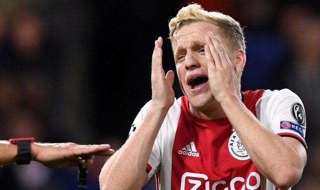 Donny van de Beek wird von einem Klub-Trio gejagt