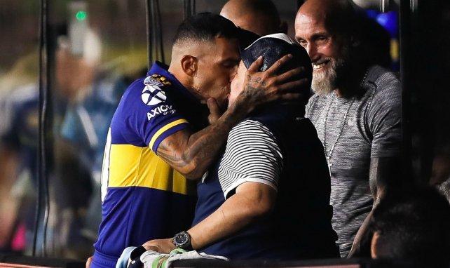Maradona verlängert bei Gimnasia