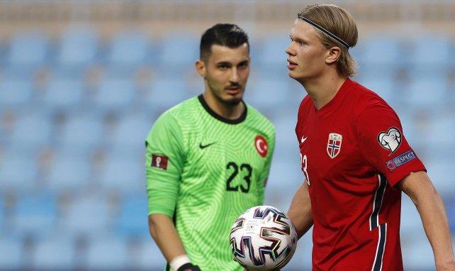 Türkei-Keeper: Liverpool und RB an Cakir dran?