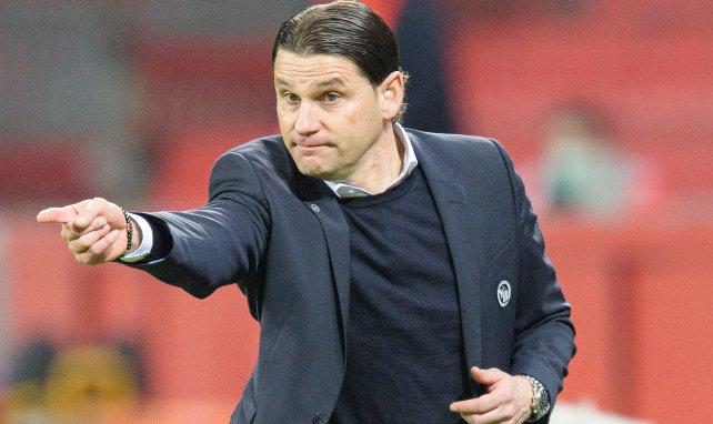 Bayer holt Co-Trainer von Barça
