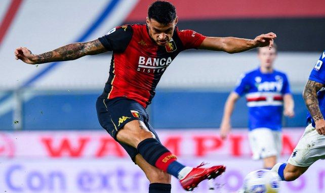 Milan will Scamacca und Vlahovic