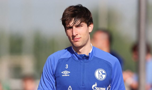 Bericht: Schalke will Miranda halten