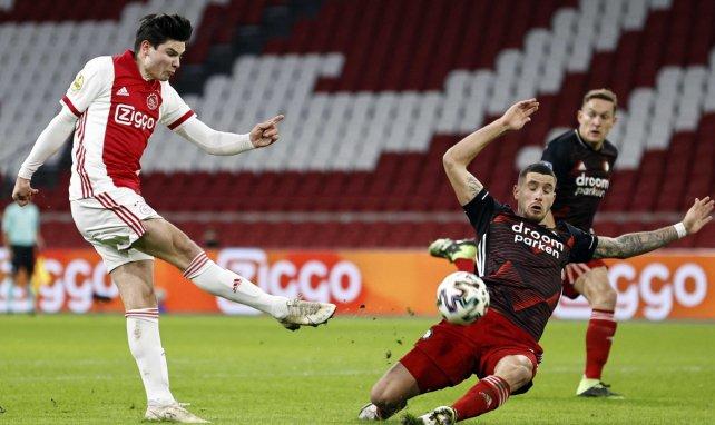 Ekkelenkamp verlässt Ajax: Overmars bestätigt Hertha-Interesse