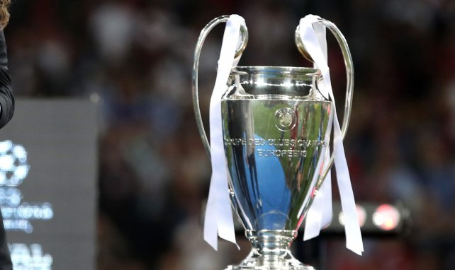 Auch BVB lehnt Super League ab