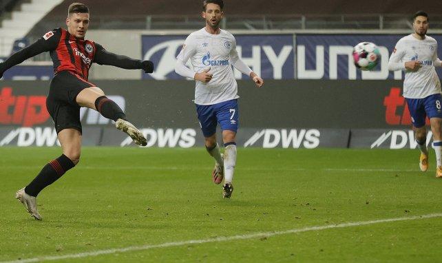 Eintracht - Schalke: Jovic-Gala zu Abrahams Abschied