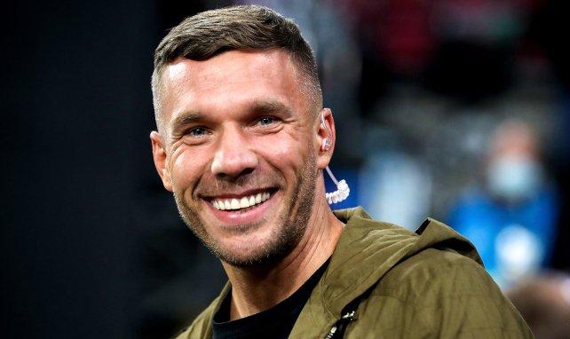 Lukas Podolski grinst