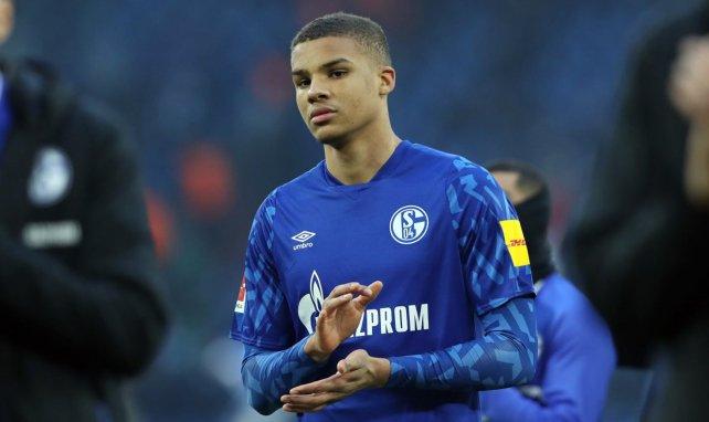 Topklubs ausgestochen: Schalke bindet Thiaw