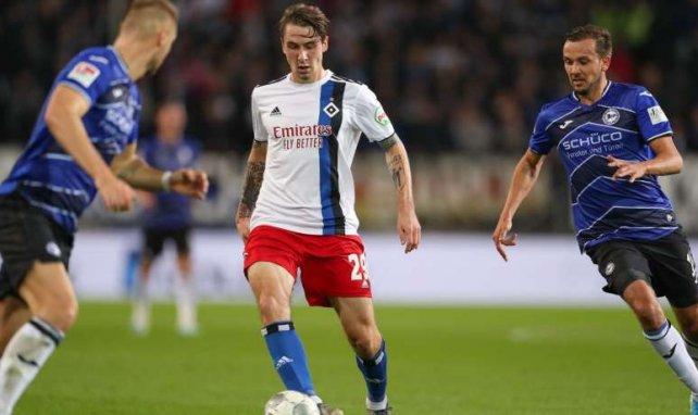 Adrian Fein zieht beim Hamburger SV die Fäden im Mittelfeld