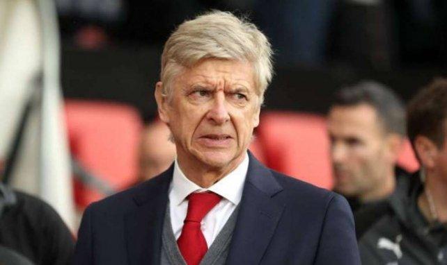 Arsène Wenger wurde mit dem AC Mailand in Verbindung gebracht