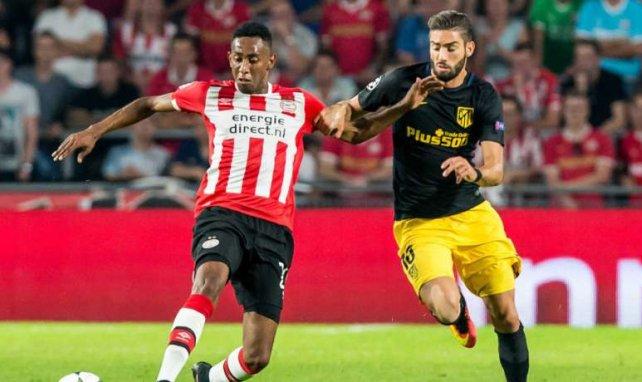 Joshua Brenet (l.) wechselt zu Hoffenheim