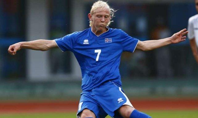 Kolbeinn Birgir Finnsson im Einsatz für Island