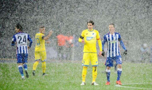 Sebastian Rudy steht derzeit im Regen