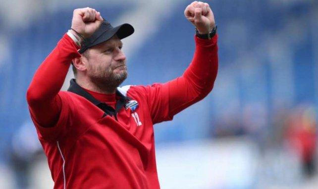 Steffen Baumgart kämpft mit dem SCP um den Aufstieg