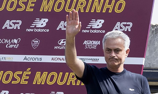 José Mourinho grüßt