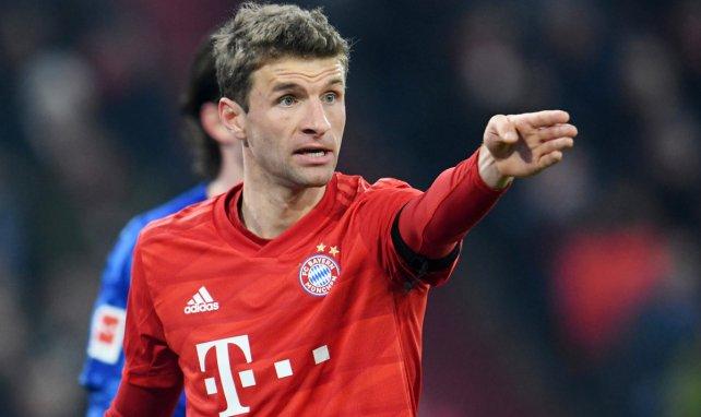 Tinte trocken: Neuer Vertrag für Müller
