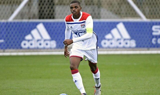 Pierre Kalulu im Tirkot von Olympique Lyon