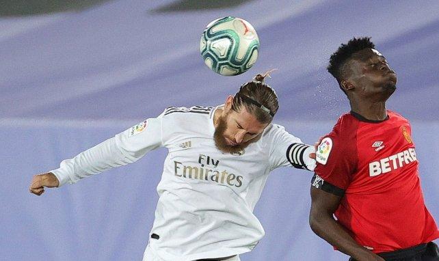 Sergio Ramos (l.) im Spiel gegen Mallorca