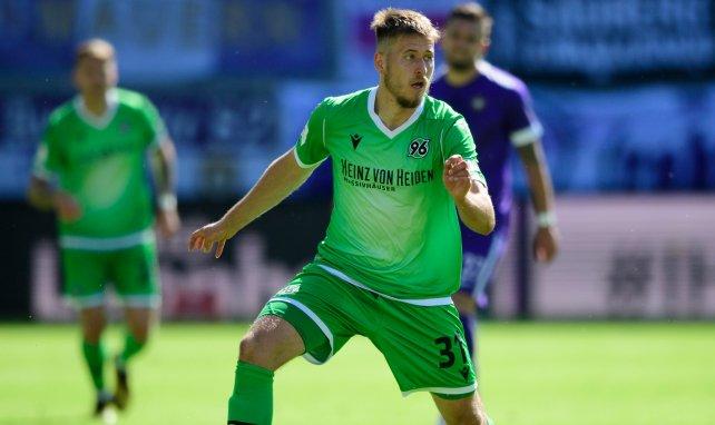 VfB mit Anton einig