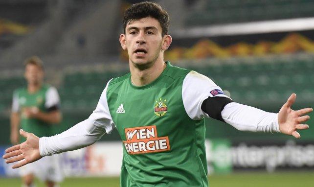 Yusuf Demir ist bis 2022 an Rapid Wien gebunden